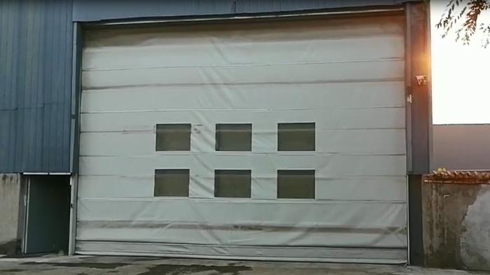 铜辉门窗|鹏润大厦软质快速门维修与保养