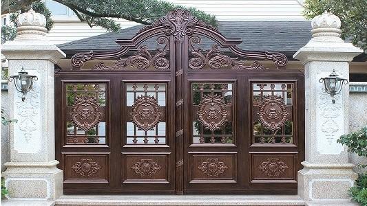 庭院门如何安装才好看?铜辉门窗带您一起欣赏