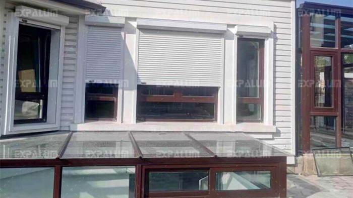 铜辉门窗的遮阳卷帘窗有哪些优点呢?