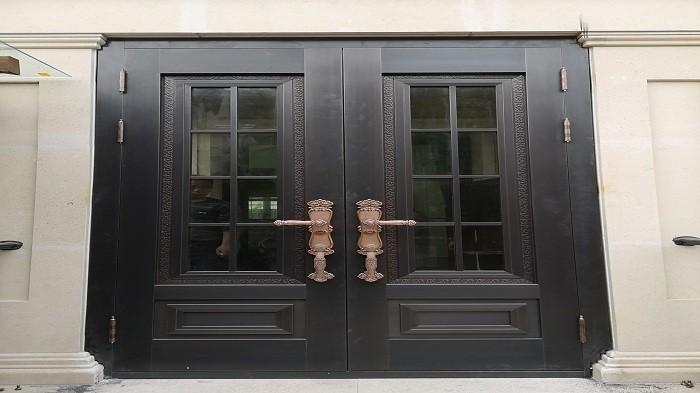 如何区别铜门呢?铜辉门窗给您解答