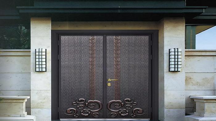 入户门有几种?铜辉门窗为您分析