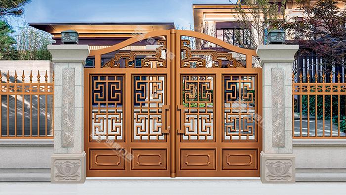 铜辉门窗带您欣赏美观大方的庭院门