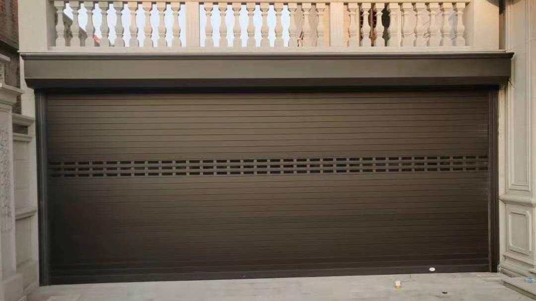 铜辉门窗|别墅智能卷帘门安装