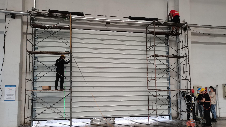 铜辉门窗|北京北控绿海能有限公司工业车库门安装