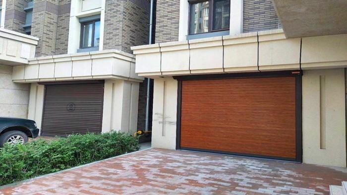 铜辉门窗|智能车库门的作用有哪些呢?