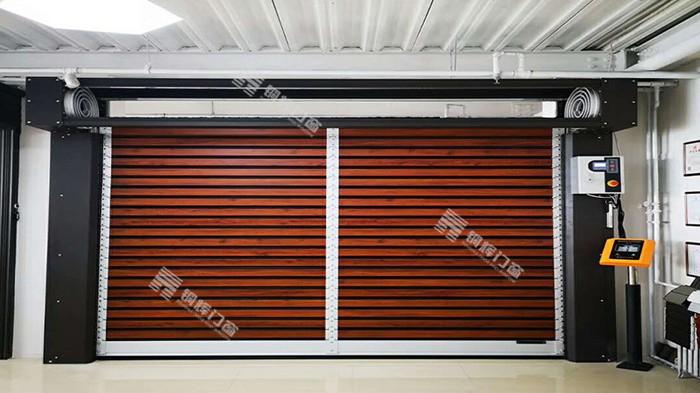 智能车库门有哪些优势?铜辉门窗带您来了解
