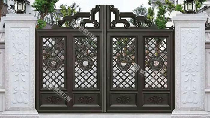 铜辉门窗教您怎么对铝艺别墅庭院门进行保养