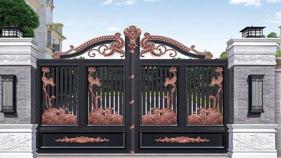 【铜辉门窗】别墅庭院门的保养方法